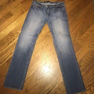 J Crew straight leg medium wash jeans waist 32 R