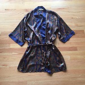 Body tease robe kimono