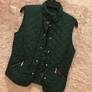 Zara vest like new in excellent condition