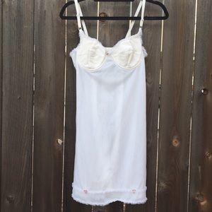 VTG 90s white slip dress SZ small