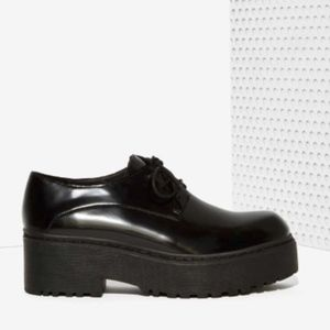 NIB Jeffrey Campbell PatentLeather Platform Oxford