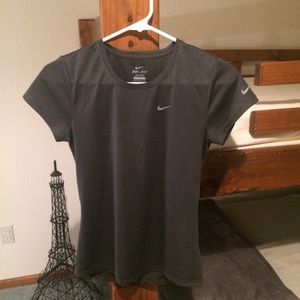Nike Women's XS Dri-Fit Tee