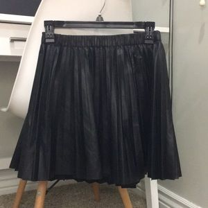 H&M faux leather pleated skirt