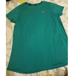 NWOT Nike Running Dri-fit Short Sleeve Blue-Green
