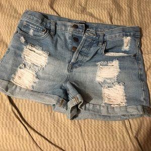 Jean shortssssss