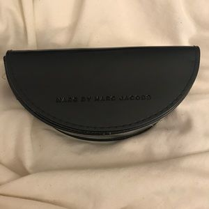 Marc By Marc jacobs sunglass case