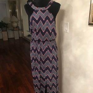 Cute Chevron Maxi Dress with front split