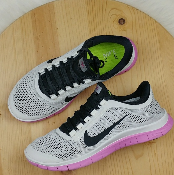 Nike free 3.0 womens athletic shoes size 8