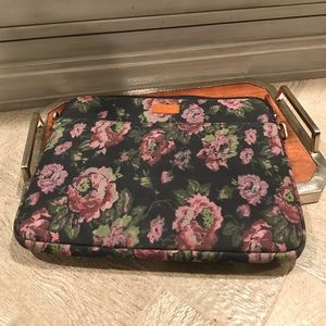 Lucky Brand laptop case