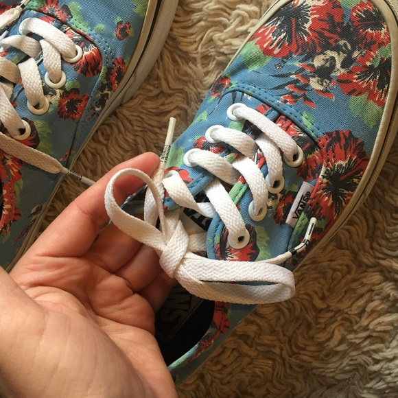 CHRISTMAS SALE! Limited Edition Star Wars Vans ca14343ae