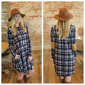 Dresses & Skirts - ✨LAST✨Black & ivory plaid dress suede elbow patch