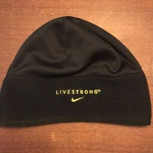Nike Therma-Fit Fleece Running Cap *Livestrong*
