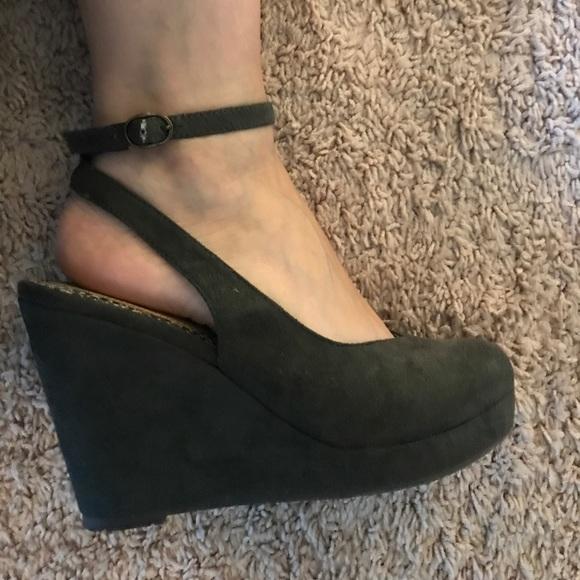665c85eb15f0 BC Footwear Shoes - Dark green wedges