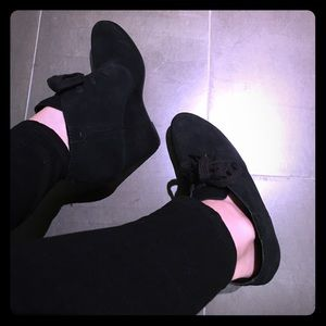 Dolce Vita black suede wedge ankle boots
