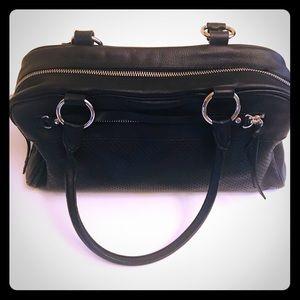 Black Leather Banana Republic Handbag Purse EUC 💕