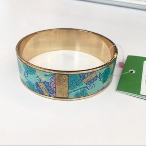 Lilly Pulitzer Alpha Xi Delta Photodome Bangle