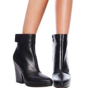 Vince Luisa ankle boots