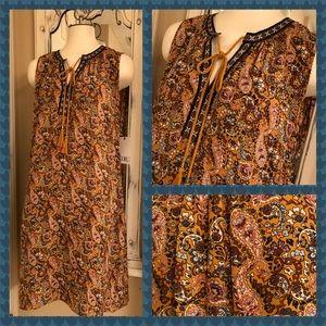 Dresses & Skirts - NEW! Layer unique crochet paisley boho dress