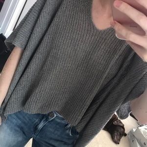 Sweaters - Short Sleeved Grey Sweater Size Small NWT