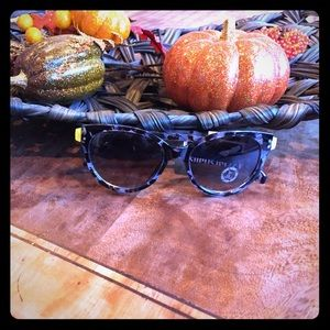 NWT Juicy Couture Sunglasses Black, Gray, Yellow😎
