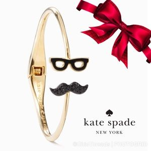 🌲JUST IN! DRESS THE PART MUSTACHE BANGLE