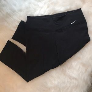 Cropped Nike Leggings