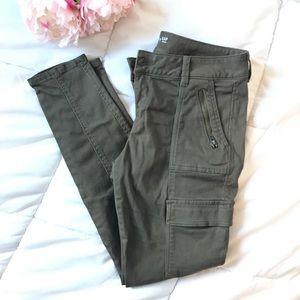 Khaki by Gap Boyfriend Fit Cargo Pants