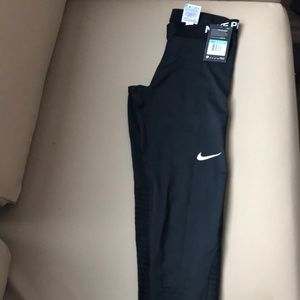 Nike Pro women leggings