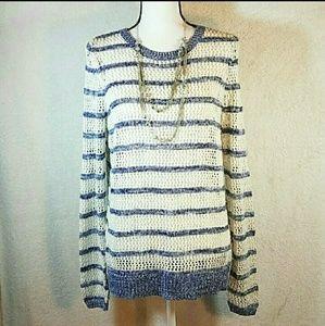 White & blue woven crew neck sweater med euc