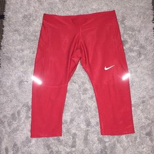 Nike crop leggings