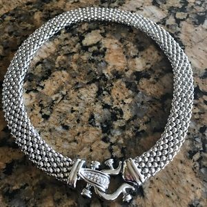 Fancy Silver like necklace with clasp