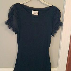 Black T-shirt w/Ruffle Sleeves