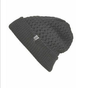North face black chunky knit beanie