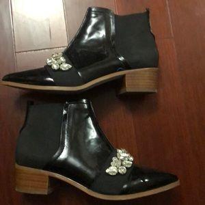 ASOS Chelsea Boots Size 7.5🕶