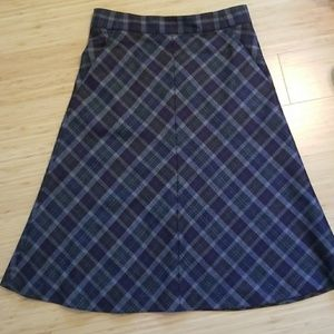 Theory wool plaid skirt with pockets size 2