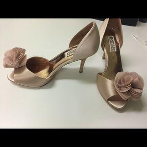 Badgley Mischka nude satin heels