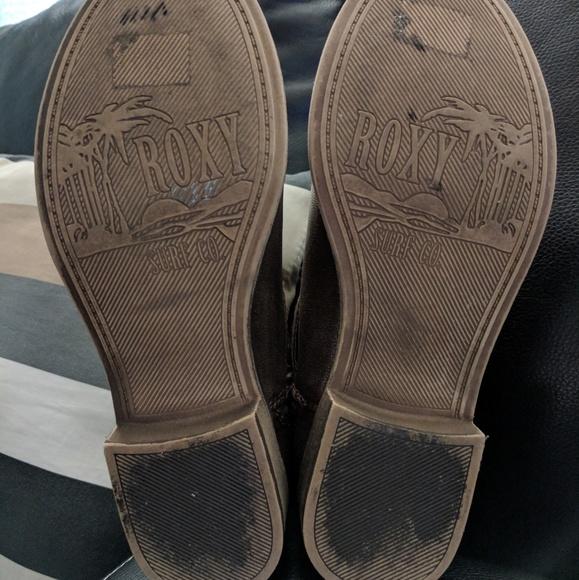 Roxy Shoes - EUC Sz 7 Dark Brown Roxy Ankle Boots!