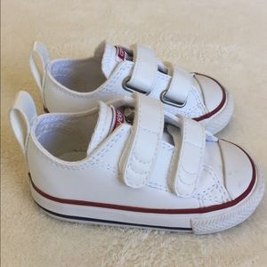 Toddler Velcro Converse sneakers