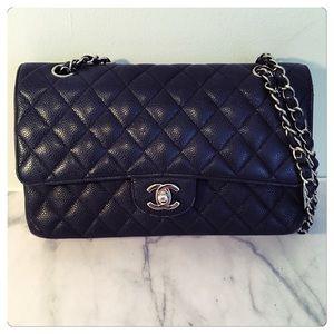  CHANEL Caviar Small Double Flap Bag