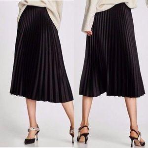 Zara Black Accordion Pleated Satin Skirt