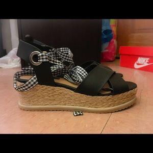 Selfridge Wrap Sandals