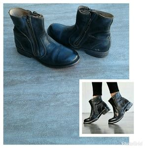Bed Stu Eiffel Black/Blue Boots Size 9