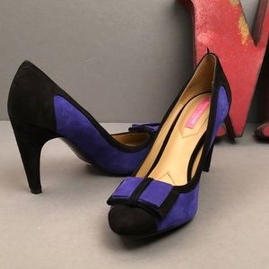 ISAAC MIZRAHI New York Suede Colorblock Leah Pumps