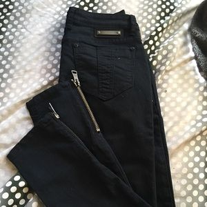 Burberry jeans brand new size:27 color: black