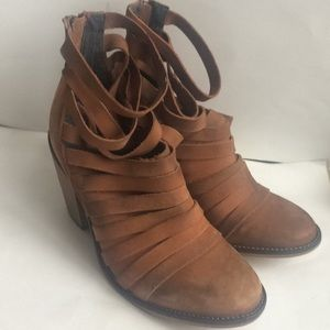 New Free People Tan Suede Hybrid Booties 38