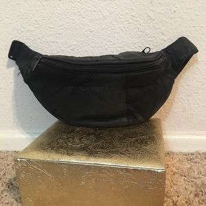 90s Leather quilted fanny pack  nap sack purse