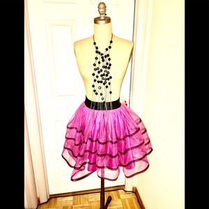 Betsey Johnson like new full flirty mini skirt