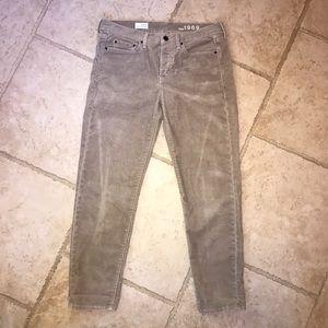 Gap Beige / Tan Corduroy Pants Sz 6 or 28