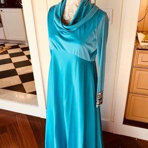 SENSATIONAL floor length sequin seventies gown