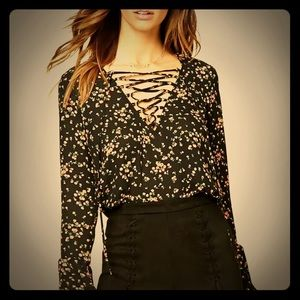 NWT Lace up Floral blouse